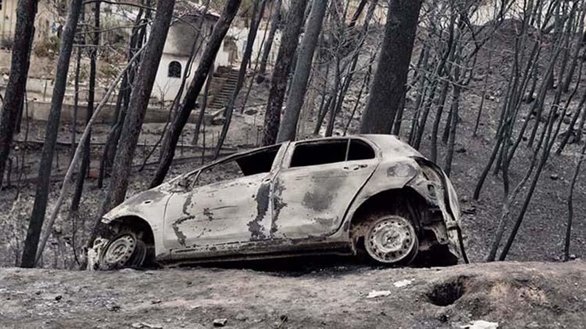 d2075140c9 Καταγγελία-φωτιά  Προσπαθούν να κρύψουν τα στοιχεία για τη φονική πυρκαγιά  στο Μάτι